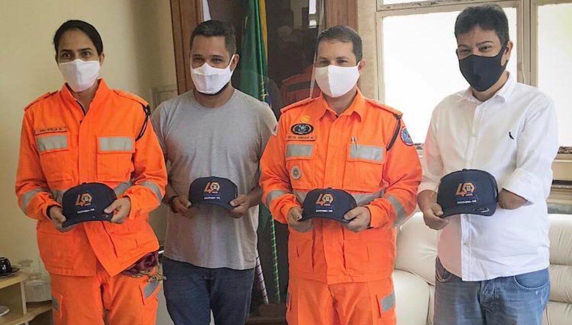 Vereador Carlin visita comandante do Corpo de Bombeiros em Contagem